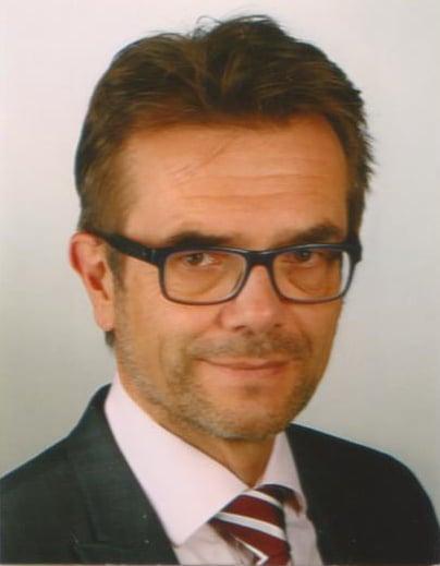 Dr. Torsten Lange