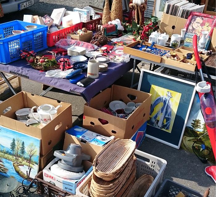 Stand auf dem Bayreuther Flohmarkt