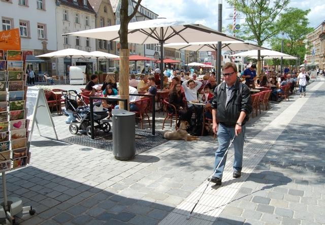 Blindenleitsystem am Marktplatz