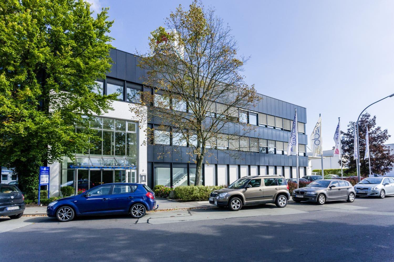 Firmengebäude der Adolf Riedl GmbH & Co. KG