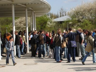 Schülerstudium - Schule und Universität verknüpfen