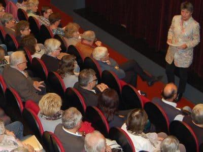 OB Merk-Erbe spricht zum Publikum