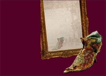 Schuh mit Spiegel
