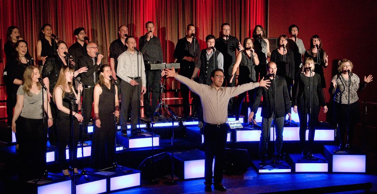 """Premiere beim diesjährigen A Capella Festival Sangeslust feiert das Chorkonzert. Es findet am 17. November mit dem Augsburger Pop- und Rock-Chor """"Greg is Back"""" im Zentrum statt."""