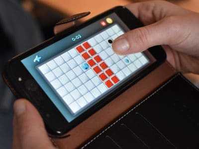 Auf bald 2,7 Mrd. Handys weltweit spielbar: Reblob