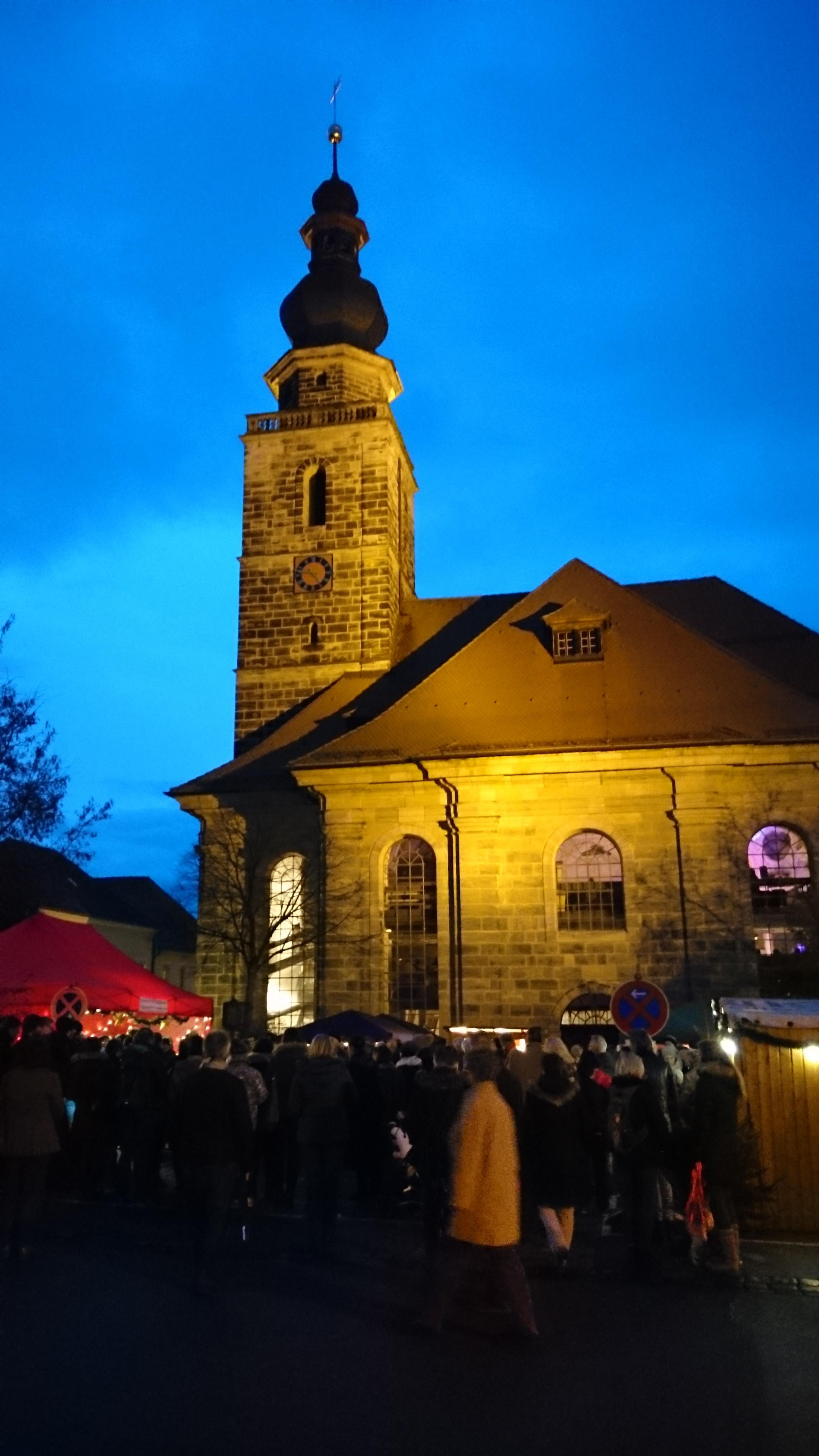 Ordenskirche während Strenenmarkt