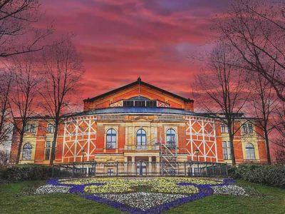 Festspielhaus Bayreuth | Foto; Ramona Schirmer