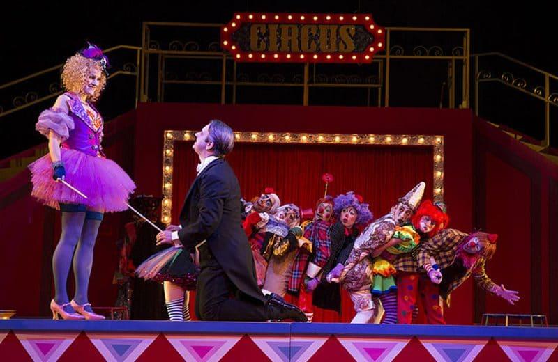 """Szene aus der Operette """"Die Zirkusprinzessin"""", zu sehen am 19. Januar in Theater Hof.   Foto: H. Dietz Fotografie"""