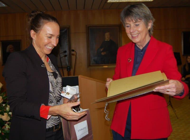 Anne Haug und OB Merk-Erbe