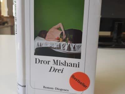 """Buchcover """"Drei"""" von Dror Mishani"""