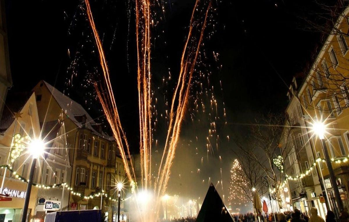 Feuerwerk in der Maximilianstraße.