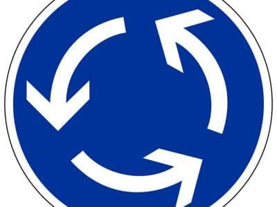 Verkehrszeichen Kreisverkehr.