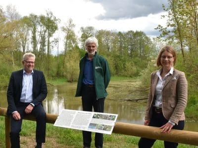 Von links: OB Thomas Ebersberger, Gregor Aas (Leiter des Ökologisch-Botanischen Gartens der Universität Bayreuth) und Dr. Nicole Kaiser (Kanzlerin der Universität Bayreuth).