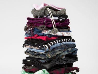 Ein Stapel Wäsche